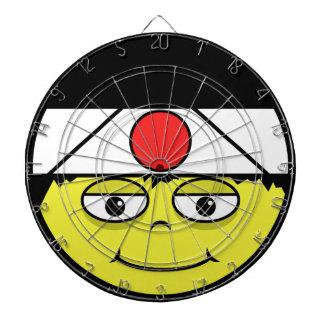 Cible De Fléchettes Le Japon font face