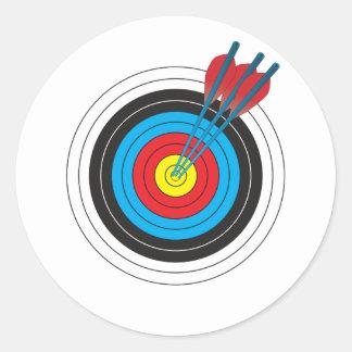 Cible de tir à l'arc avec des flèches sticker rond