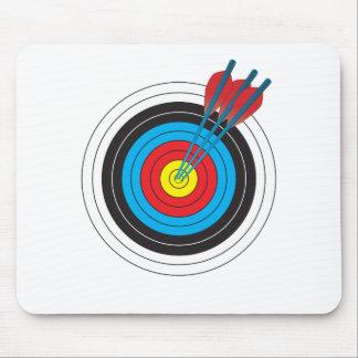 Cible de tir à l'arc avec des flèches tapis de souris