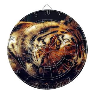 Cibles De Fléchettes Faune animale de tigre reposant le macro plan