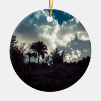 Ciel des Bermudes derrière le sommet Ornement Rond En Céramique
