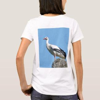 Cigogne blanche avec le ciel bleu 2,0 t-shirt