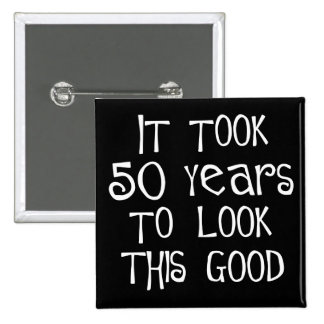 cinquantième anniversaire, 50 ans pour regarder ce badge avec épingle