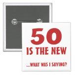 Cinquantième cadeaux drôles de bâillon d'anniversa badge avec épingle