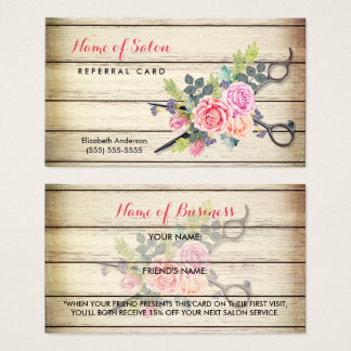 Ciseaux et carte en bois avec du charme de