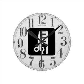 Ciseaux et peigne horloge