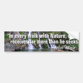 Citation de John Muir et une belle cascade de Autocollant Pour Voiture