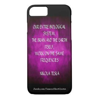 Citation de Nikola Tesla - les mêmes fréquences Coque iPhone 7
