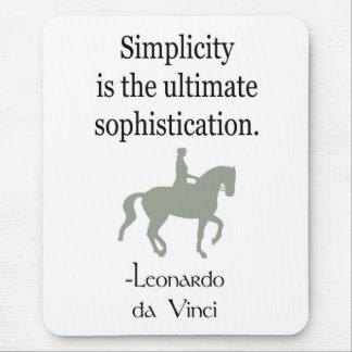 Citation de simplicité avec le cheval de dressage tapis de souris