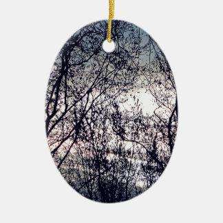 Clair obscur ornement ovale en céramique