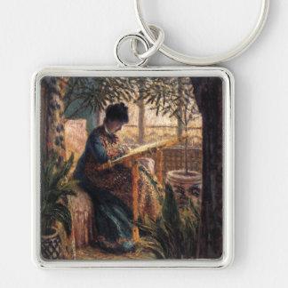 Claude Monet : Madame Monet Embroidering Porte-clé Carré Argenté