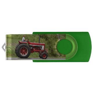 Clé USB Tracteur rouge