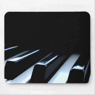 Clés noires et blanches de piano tapis de souris