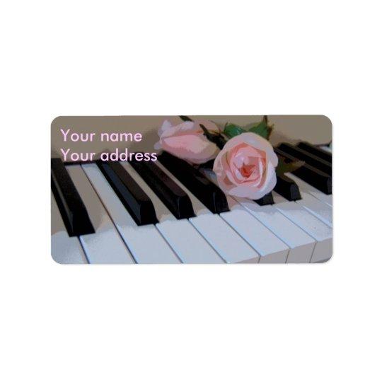 Clés roses de pétale étiquette d'adresse