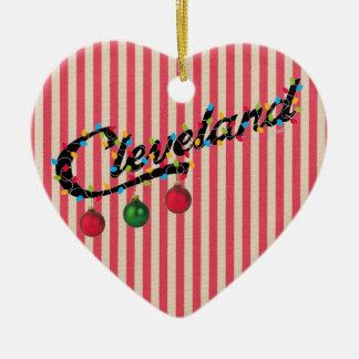 Cleveland en ornement de coeur de lumières À