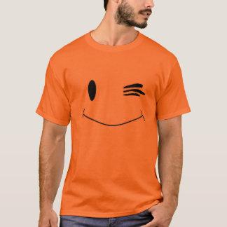 Cligner de l'oeil le visage souriant t-shirt