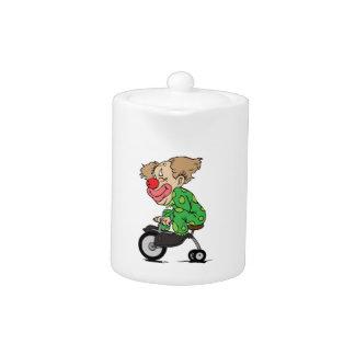 Clown sur le tricycle