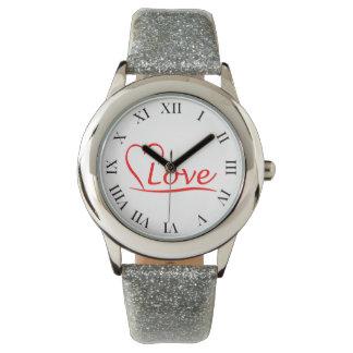 Coeur avec des amours montre