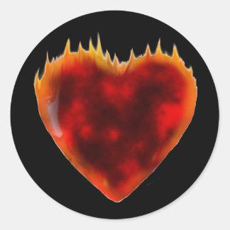 Coeur brûlant sticker rond