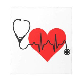 Coeur de battement de coeur de stéthoscope blocs notes