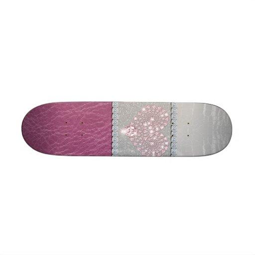 Coeur de Bling sur le cuir blanc et le rose de sci Plateau De Skateboard