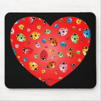 Coeur de coccinelles tapis de souris