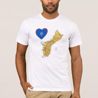 Coeur de drapeau de la Guam et T-shirt de carte