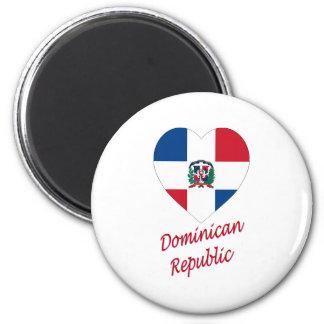 Coeur de drapeau de la République Dominicaine avec Magnet Rond 8 Cm
