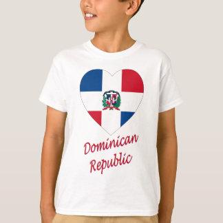 Coeur de drapeau de la République Dominicaine avec T-shirt