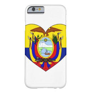 Coeur de drapeau de l'Equateur Coque iPhone 6 Barely There