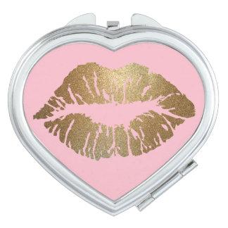 Coeur de miroir de contrat de rose de baiser de miroirs à maquillage
