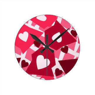 Coeur groupé horloge ronde