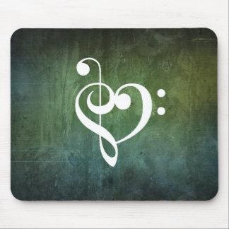 Coeur grunge vintage vert de clef triple et basse tapis de souris