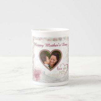 Coeur heureux du jour de mère personnalisé mug