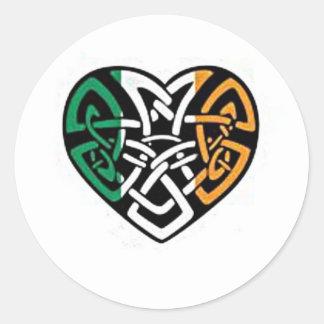 Coeur irlandais de drapeau sticker rond