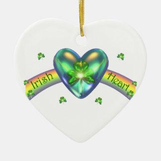 Coeur irlandais de shamrock de jour de St Patricks Ornement Cœur En Céramique