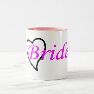 Coeur noir rose de jeune mariée tasse 2 couleurs