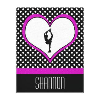 Coeur rose avec le patinage artistique chic de toiles tendues sur châssis