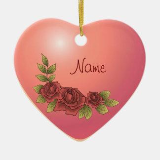 Coeur rose de guirlande de nom fait sur commande ornement cœur en céramique
