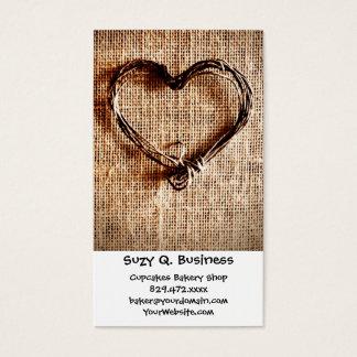 Coeur rustique de ficelle de pays sur la copie de cartes de visite