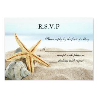 Coeur sur le rivage épousant l'invitation de carte carton d'invitation 8,89 cm x 12,70 cm