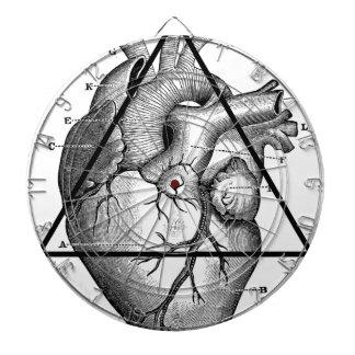 Coeur triangle heart cible de fléchettes