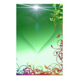 Coeur vert avec la frontière froncée papiers à lettres
