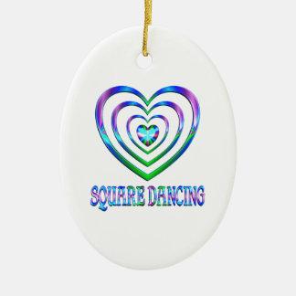 Coeurs de danse carrée ornement ovale en céramique