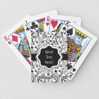 Coeurs et motif personnalisés à la mode de jeu de cartes