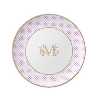 Coeurs lilas de Polkadot de sucrerie sur le blanc Assiettes En Porcelaine