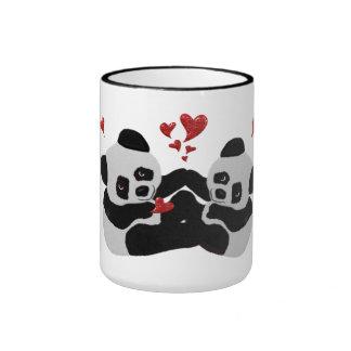 Coeurs précieux de panda mug ringer
