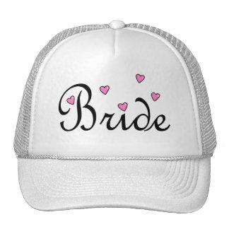 Coeurs roses de jeune mariée casquettes de camionneur