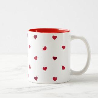 Coeurs rouges mug bicolore