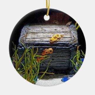 Coffre au trésor sous-marin frais ornement rond en céramique